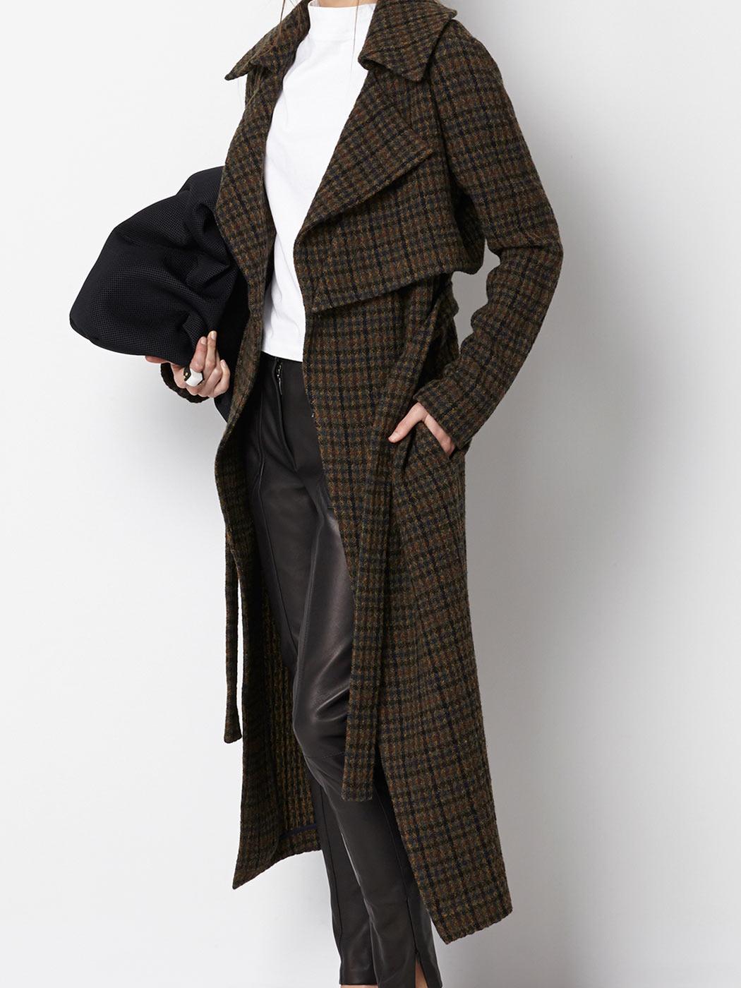 210€ abrigo intr